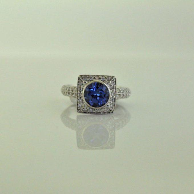 3-G-91 white gold sapphire diamond ring